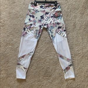 BALLY Total Fitness Ankle Leggings Floral/Mesh NWT